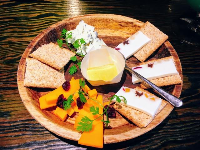 古来からの贈り物「チーズ」